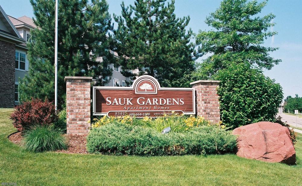 Sauk Gardens Apartments