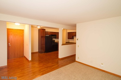 Arbor Hills - Beautiful Hardwood Floors in Large 2 Bedroom