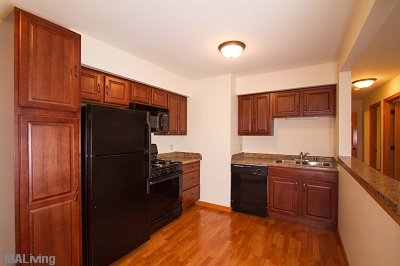 Arbor Hills - Large 2 Bedroom Maple Cabinetry