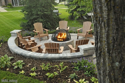 Yorktown Estates - Firepit with Generous Seating