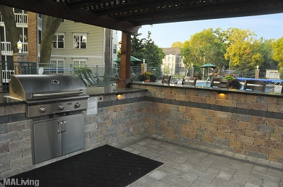 Yorktown Estates - Poolside Kitchen with Granite Bar & Gourmet Grill