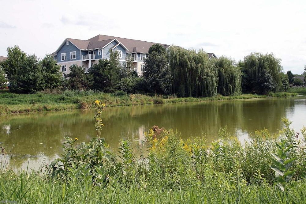 Door Creek Apartments Save To My Picks & Door Creek Apartments - Madison WI Apt | Madison Apartment Living