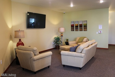 Prairie Trail Residences - Tastefully Furnished Community Room
