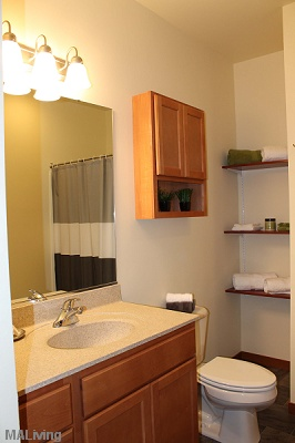 Prairie Trail Residences - Spacious Bathroom