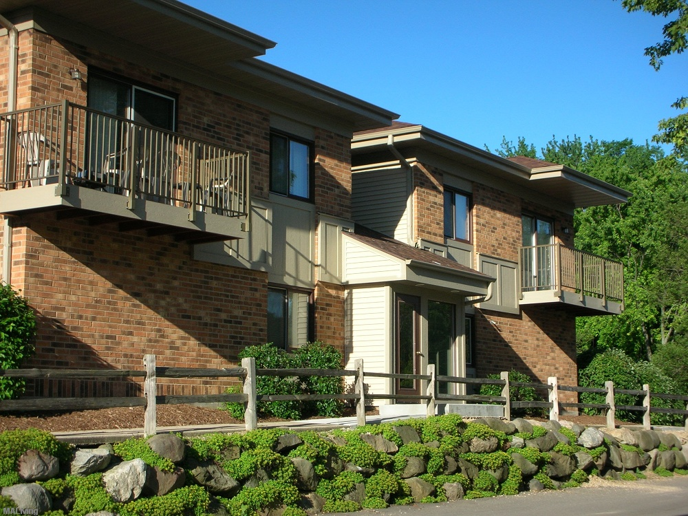Schroeder Square - Madison WI Apt   Madison Apartment Living