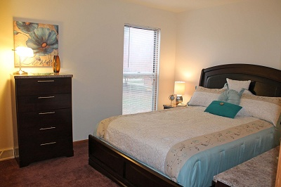 Glendale Townhomes - Master Bedroom in 2 Bedroom Townhome