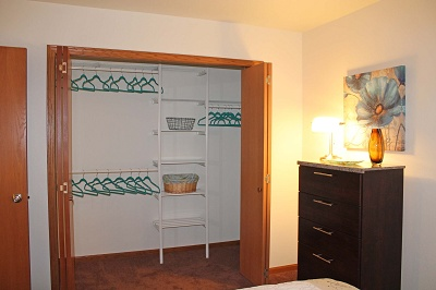 Glendale Townhomes - Master Closet