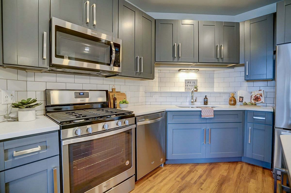 Forward Management    Short Term Lease Apartment Rentals   Madison WI Apt |  Madison Apartment Living