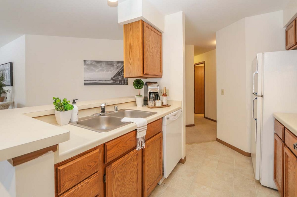 Epic Madison Wi >> Apartments For Rent - Westridge Apartments | Madison Apartment Living