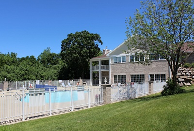 The Madison - Sparkling Pool with Sun Deck and Spa