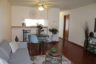 Glendale Townhomes - Living Room and Dining Room of 3 Bedroom
