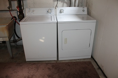 Glendale Townhomes - Full size Washer and Dryer