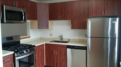 Glendale Townhomes - 3 Bedroom Kitchen