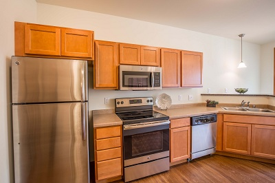 Hidden Creek Residences - Deluxe Stainless Steel Appliances Including  Microwave