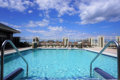 Aspen Hill - Rooftop Swimming Pool with Sundeck