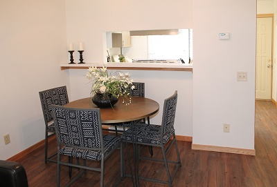 Glendale Townhomes - 2 Bedroom Dining Room