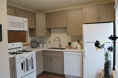 Glendale Townhomes - 2 Bedroom Kitchen