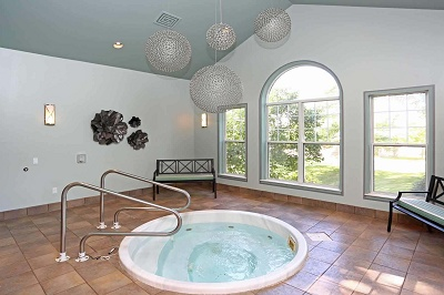 Yorktown Estates - Indoor 10-Person Hot Tub
